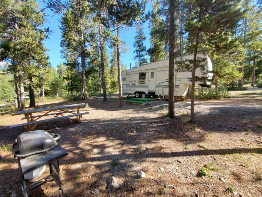 RV Site – 30 Amp Power, Water & Sewer